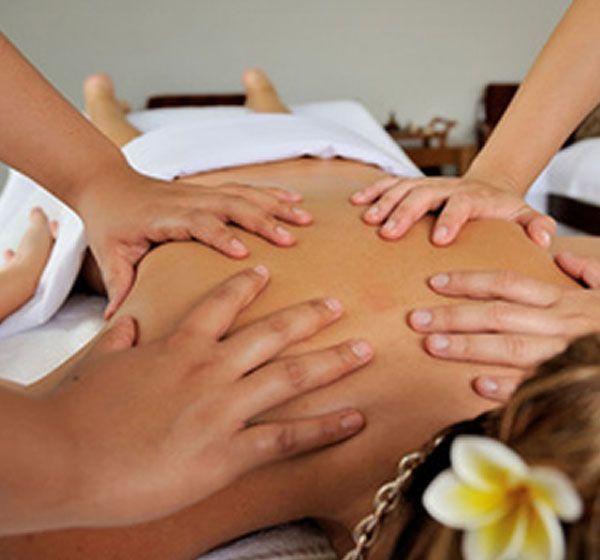 Massaggio Lomi-Lomi
